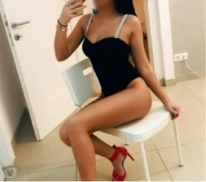 Maryse outcall escort in Gosport, UK