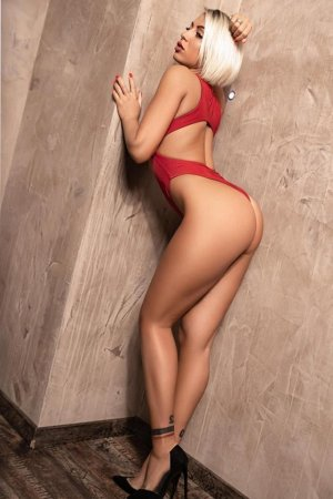 Melyana independant escorts in Great Wyrley, UK